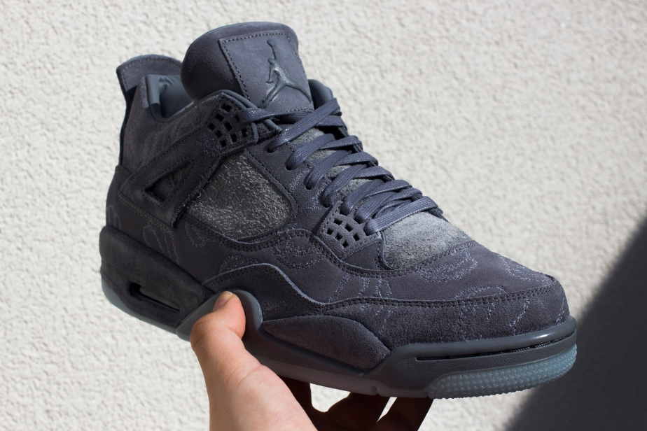 Closer look, KAWS x Air Jordan IV…